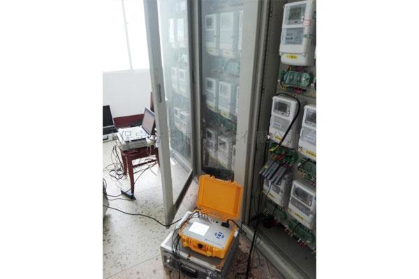 电能质量监测仪测试现场